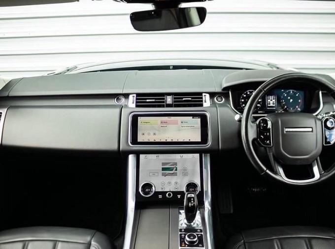 2018 Land Rover SD V6 HSE Auto 4WD 5-door (Grey) - Image: 9