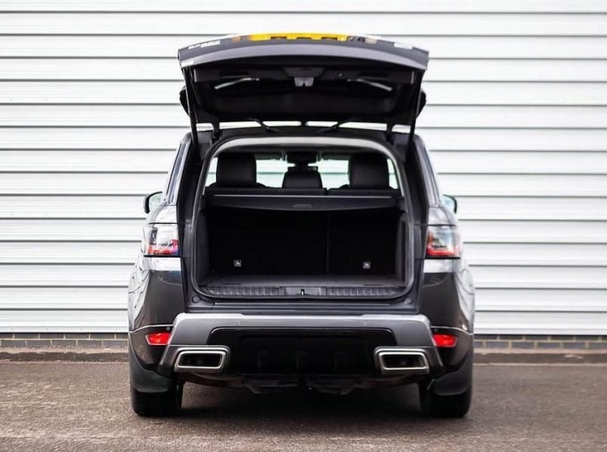 2018 Land Rover SD V6 HSE Auto 4WD 5-door (Grey) - Image: 20