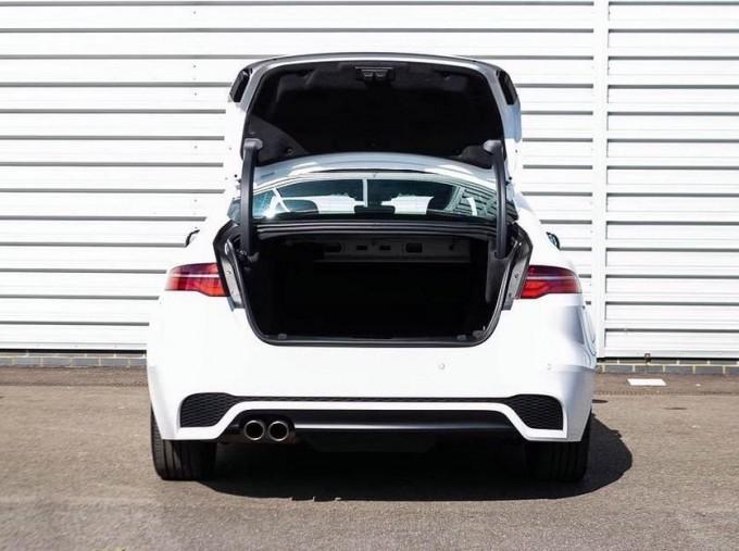 2020 Jaguar R-Dynamic S Auto 4-door (White) - Image: 20