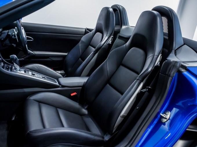 2016 Porsche 981 PDK 2-door (Blue) - Image: 27