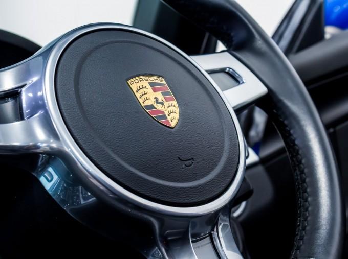 2016 Porsche 981 PDK 2-door (Blue) - Image: 35