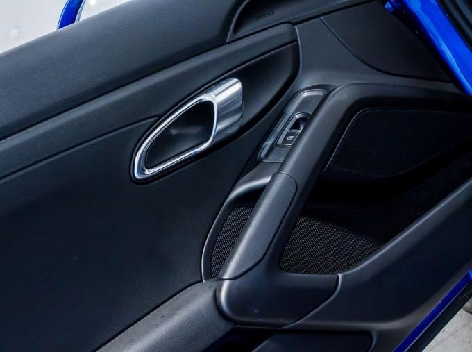 2016 Porsche 981 PDK 2-door (Blue) - Image: 38