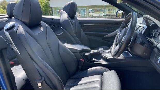 2018 BMW 420d M Sport Convertible (Blue) - Image: 11