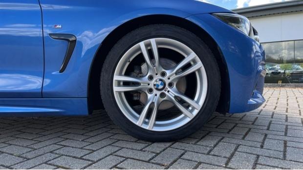 2018 BMW 420d M Sport Convertible (Blue) - Image: 14