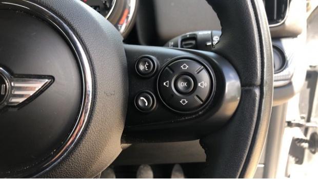 2017 MINI Cooper S Countryman (White) - Image: 18