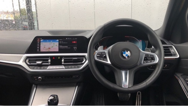 2019 BMW 320i M Sport Saloon (Grey) - Image: 5