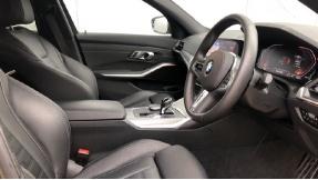 2019 BMW 320i M Sport Saloon (Grey) - Image: 6