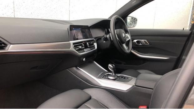 2019 BMW 320i M Sport Saloon (Grey) - Image: 7