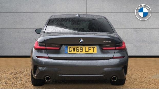 2019 BMW 320i M Sport Saloon (Grey) - Image: 15
