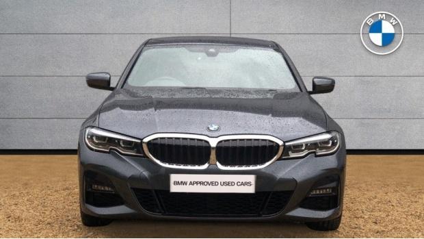 2019 BMW 320i M Sport Saloon (Grey) - Image: 16