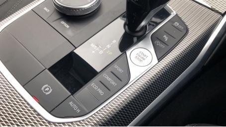 2019 BMW 320i M Sport Saloon (Grey) - Image: 19