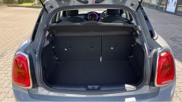 2017 MINI 5-door One D (Grey) - Image: 13