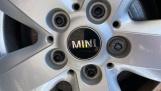 2017 MINI 5-door One D (Grey) - Image: 31