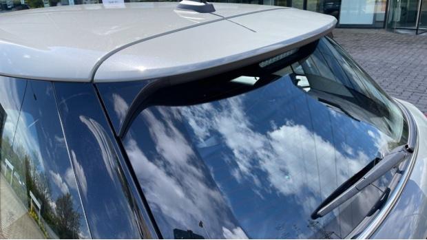 2017 MINI 5-door One D (Grey) - Image: 32