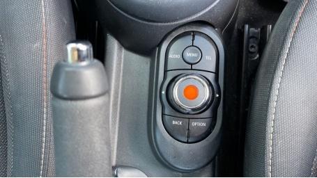 2017 MINI 5-door One D (Grey) - Image: 38