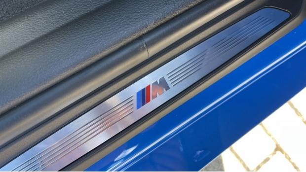 2020 BMW XDrive25e M Sport (Blue) - Image: 24