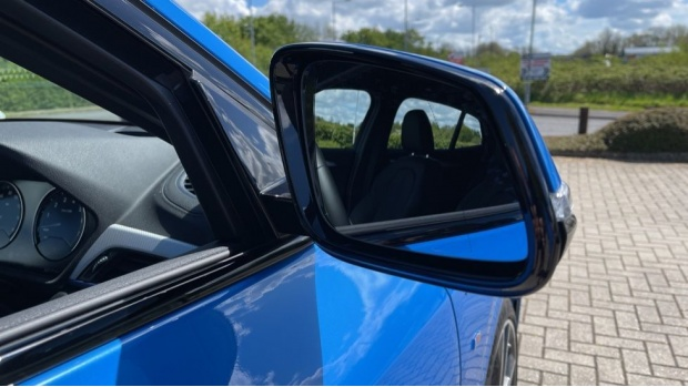 2020 BMW XDrive25e M Sport (Blue) - Image: 29
