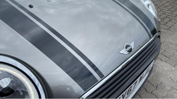2017 MINI Cooper (Silver) - Image: 30
