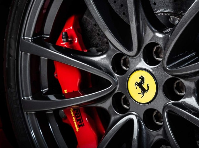 2008 Ferrari Scuderia 2-door (Red) - Image: 14