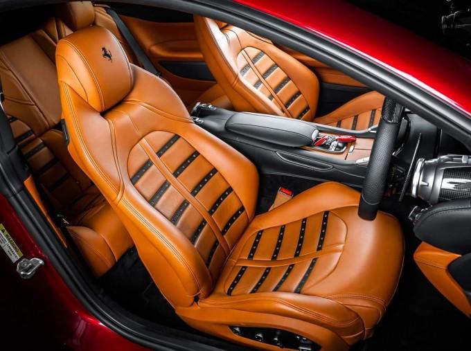 2020 Ferrari V8 F1 DCT 2-door (Red) - Image: 5