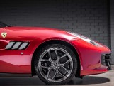 2020 Ferrari V8 F1 DCT 2-door (Red) - Image: 13