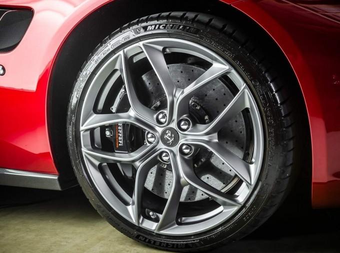 2020 Ferrari V8 F1 DCT 2-door (Red) - Image: 14
