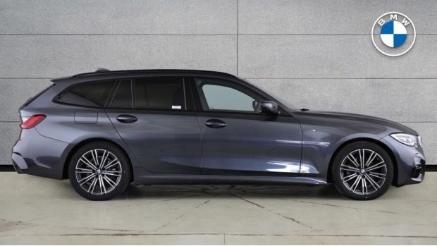 2020 BMW 320d M Sport Touring (Grey) - Image: 3