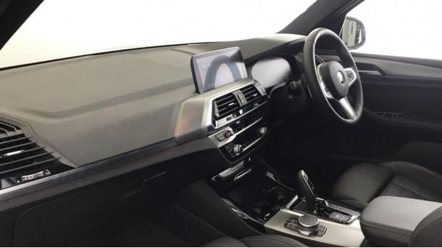 2020 BMW XDrive20i M Sport (Silver) - Image: 7