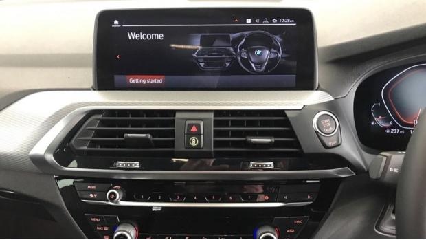 2020 BMW XDrive20i M Sport (Silver) - Image: 8