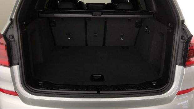 2020 BMW XDrive20i M Sport (Silver) - Image: 13