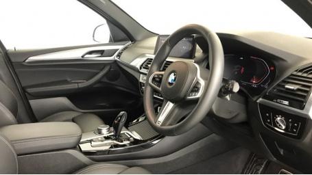 2020 BMW XDrive20i M Sport (Blue) - Image: 5