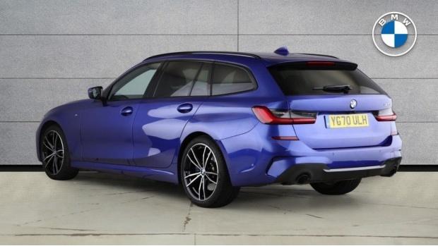 2020 BMW 320i M Sport Touring (Blue) - Image: 2