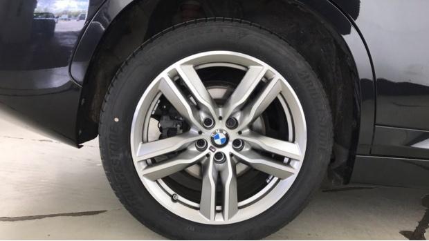 2020 BMW XDrive20i M Sport (Black) - Image: 14