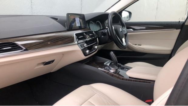 2018 BMW 520d SE Touring (Blue) - Image: 7