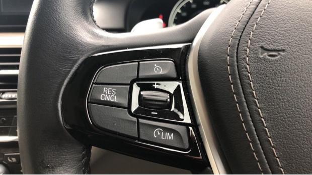 2018 BMW 520d SE Touring (Blue) - Image: 17