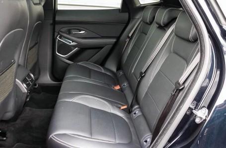 2019 Jaguar D180 R-Dynamic HSE Auto 5-door (Black) - Image: 4