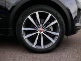 2019 Jaguar D180 R-Dynamic HSE Auto 5-door (Black) - Image: 8
