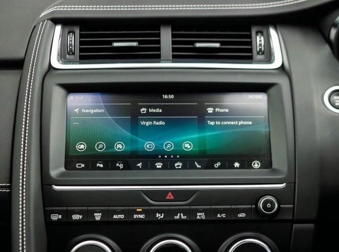 2019 Jaguar D180 R-Dynamic HSE Auto 5-door (Black) - Image: 11