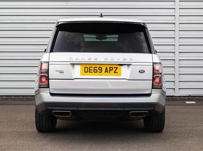 2019 Land Rover P400e 12.4kWh Autobiography Auto 4WD 5-door (Grey) - Image: 6