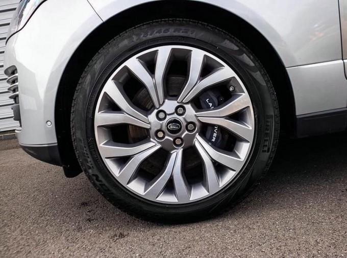 2019 Land Rover P400e 12.4kWh Autobiography Auto 4WD 5-door (Grey) - Image: 8