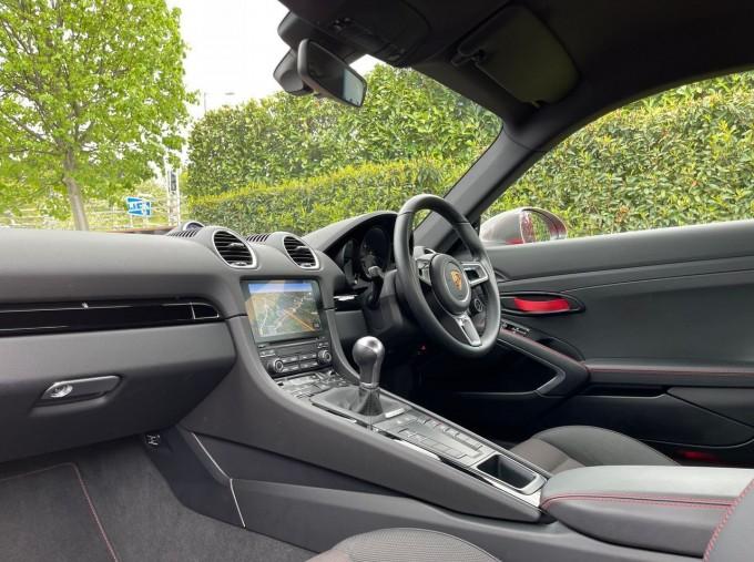 2019 Porsche T 2-door (Red) - Image: 3