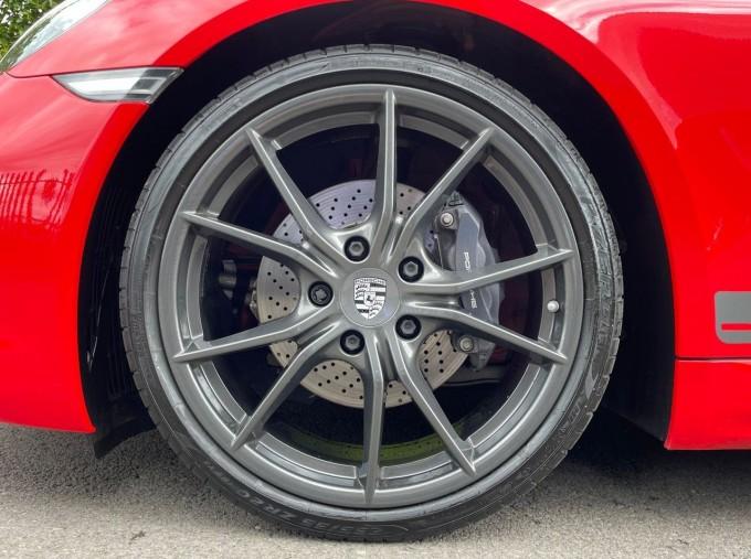2019 Porsche T 2-door (Red) - Image: 4