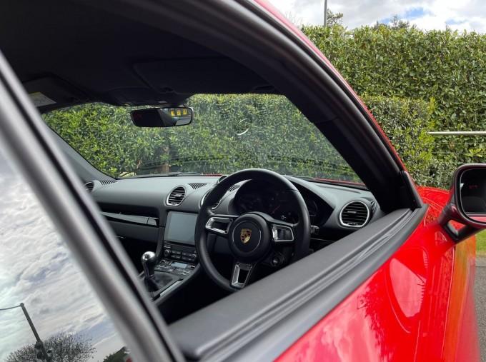 2019 Porsche T 2-door (Red) - Image: 16