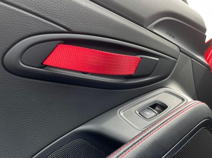 2019 Porsche T 2-door (Red) - Image: 18