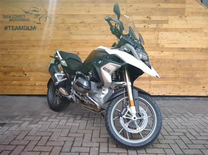 2018 BMW R1200GS Unlisted Unknown (White) - Image: 2