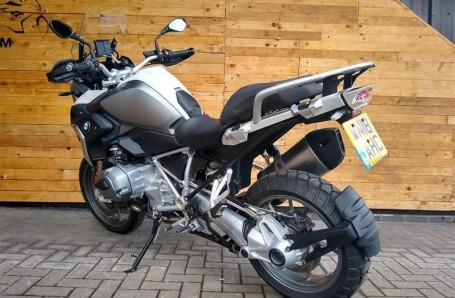 2018 BMW R1200GS Unlisted Unknown (White) - Image: 3