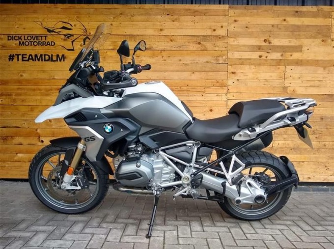 2018 BMW R1200GS Unlisted Unknown (White) - Image: 4