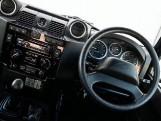 2015 Land Rover TD XS Station Wagon 3-door (Black) - Image: 10