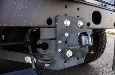 2015 Land Rover TD XS Station Wagon 3-door (Black) - Image: 18