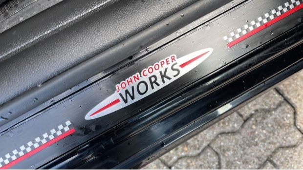 2018 MINI John Cooper Works Hatch (Black) - Image: 24